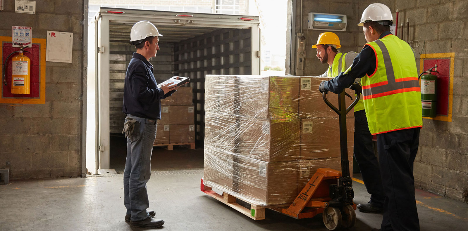 Is Your Warehouse Ready For Black Friday and Cyber Monday ?